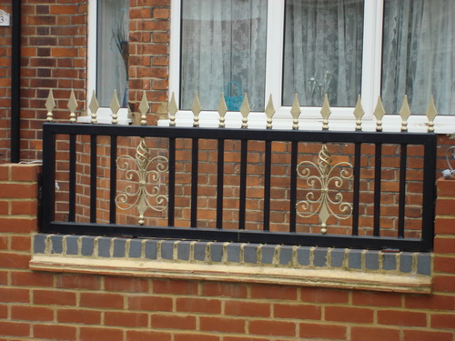 More wall iron railings